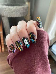 Funky Nails, Cute Nails, Pretty Nails, Cute Nail Art, Minimalist Nails, Halloween Nail Designs, Halloween Nail Art, Halloween Makeup, Nail Swag