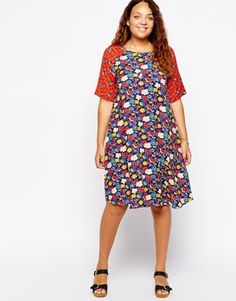 Enlarge ASOS CURVE Exclusive T-Shirt Dress With Contrast Floral Print