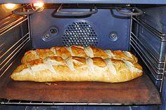 Laugenbaguette Bread Cake, Ciabatta, Bread Rolls, Hot Dog Buns, Brunch, Food And Drink, Vegetarian, Favorite Recipes, Sweets