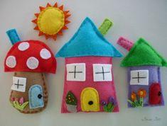 Framed Felt Art - Rainbow Cottages House Ornaments, Felt Ornaments, Craft Projects, Sewing Projects, Projects To Try, Felt Crafts, Diy And Crafts, Felt Bunting, Felt House