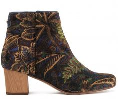 How to wear velvet boots - style the Hudson London x Liberty velvet boots with light or dark denim to take you from day to night.  https://www.hudsonshoes.com/garnett-liberty-winter-boot.html