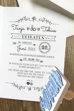 DIY-Queens, aufgepasst! Ihr möchtet eure Hochzeitseinladungen selbst gestalten? Dann haben wir eine tolle Idee für euch: Statt den Text auszudrucken, könnt ihr ihn auch einfach aufstempeln. Die individuell angefertigten Stempel mit Datum, Name & Co. gibt es bei Der kleine Sperling über DaWanda, um 47 Euro.Ein schönes Hochzeitskleid muss kein Vermögen kosten:Brautkleider günstig
