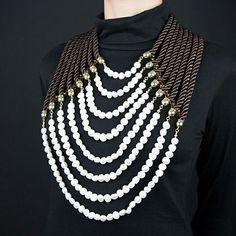 Necklace. Jewlery. Divina Locura. Colección Dolce Suono. Collar NABUCO.