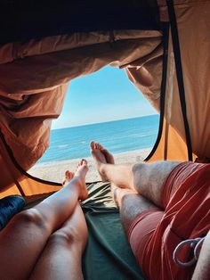 #plaja #vadu #camping #mare #seaside #tent #trip #jeep #us #goals #summer #holiday #youandme #love #view #bestvacations #bestview #seaview Best Vacations, Outdoor Furniture, Outdoor Decor, Seaside, Jeep, Marie, Camping, Goals, Holiday