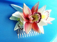 TROPICAL HAIR COMB Hawaiian Orchids Bridal Flowers by MalamaPua