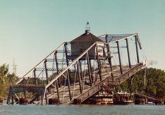 The Third Street Bridge fell down while letting a ship through.  1976.