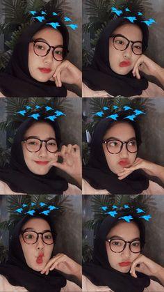 Girl Hijab, Wedding Makeup, Halloween Face Makeup, Ootd, Poses, Selfie, Photo Style, Hijabs, Pictures