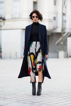 How To Dress Like a French Woman – Parisian Chic