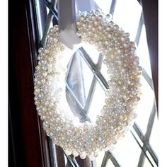 Pearl Wreath  #Christmas #DIY #Wreath Ideas  http://www.ecrafty.com/c-595-glass-pearls.aspx