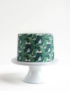 DIY Tropical Prints Wallpaper Cake #diy #cake #tropical