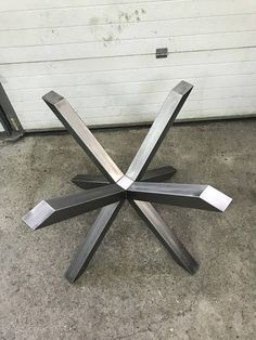 drilling holes in steel tube Welded Furniture, Iron Furniture, Steel Furniture, Industrial Furniture, Table Furniture, Metal Table Legs, Dining Table Legs, Modern Dining Table, Wood Table