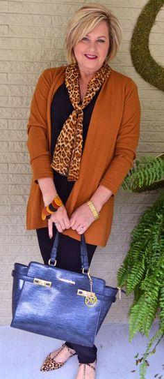 Le a nagykabáttal! Tavaszi öltözködési tippek 50 fölött! - Egy az Egyben