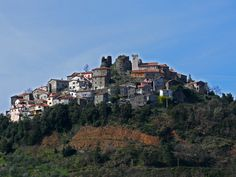 The village of Bibola with the old castle