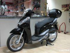 http://www2.moto.it/static/annunci/20110129/honda/sh-300-i-2011-8932431.jpg