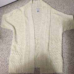 Banana Republic short sleeve sweater Off white with gold threads short sleeve banana republic sweater, worn once, no pulls or stains, size medium Banana Republic Sweaters Cardigans
