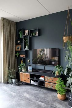 Home Room Design, Interior Design Living Room, Living Room Tv Unit Designs, Living Room Decor Inspiration, Home Living Room, Home Furniture, Over Tv Decor, Top Gadgets, Future