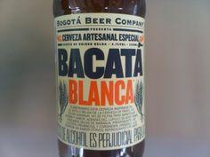 Cerveja Bacata Blanca, estilo Witbier, produzida por Bogotá Beer Company, Colômbia. 4.1% ABV de álcool.