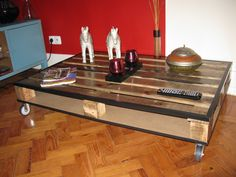#CoffeeTable, #PalletFurniture, #RecycledPallet, #RepurposedPallet