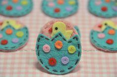 Set of 6pcs handmade felt egg--pink frost/tro. turquoise (FT828). $6.50, via Etsy.