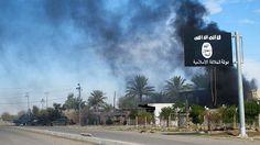 El Estado Islámico (EI) hizo público un video de la ejecución de dos supuestos espías iraquíes en la ciudad de Mosul. En el video, titulado...