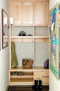 I like this idea of painted/designed back wall of shelves. I can paint anything for you as far as art, desig,