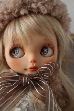 * Mumu * ··· Custom Blythe Christmas Eve * (USED) Buy her here: #blythe #blythedolls #kawaii #cute #rinkya #japan #collectibles #neoblythe #customblythe