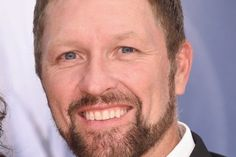 Watch Craig Morgan Sing 'When I'm Gone' With His Famous Friends
