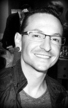 Love Chester Bennington 's smile