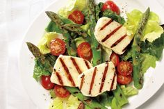 Grilled Halloumi and Asparagus Salad: light and refreshing, perfect for patio season