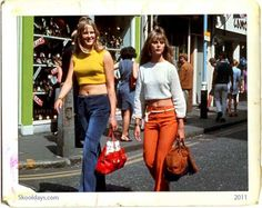 fashion, which began with a continuation of the mini skirts, bell-bottoms and the androgynous hippie look from the late Disco Fashion, Vintage Street Fashion, 60s And 70s Fashion, Big Fashion, Party Fashion, Retro Fashion, Fashion Show, Womens Fashion, 70s Mode