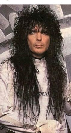 Mick Mars Hair Metal Bands, 80s Hair Bands, Mars Pictures, Glam Rock Bands, Mick Mars, Duff Mckagan, Haircuts For Men, Men's Haircuts, Heavy Rock
