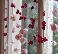 zarte und romantische Deko für die Fensterscheiben selber machen