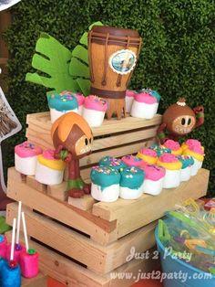 's Birthday / Moana - Photo Gallery at Catch My Party Moana Birthday Party Theme, Baby Birthday Themes, Moana Themed Party, Moana Party, 10th Birthday Parties, Frozen Birthday Party, Luau Party, Birthday Ideas, 5th Birthday