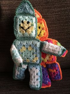 Crochet pattern for Robert Robot