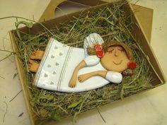 Andělíček v dárkové krabičce Andílek ručně a s láskou modelovaný z šamotové…