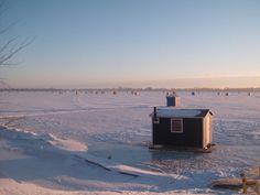 Pêche blanche sur le Lac Champlain Quebec, Lac Champlain, Manon, Canada Travel, Montreal, Romance, Outdoors, Nature, Sons
