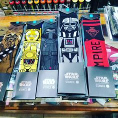 MAY THE FORCE BE WITH YOU!  calcetines Stance  Star Wars!  brutales!  #disasterstreetwear #theplacesoho #starwars #empire #rebel #calcetines #stance #malaga