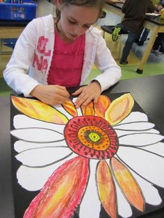 "Students read, ""Camille and the Sunflowers"" a story about Vincent Van Gogh and then created a sunflower using marker and oil pastels. Can we recreate a famous art piece as a group? Fall Art Projects, Classroom Art Projects, School Art Projects, Art Classroom, History Projects, Vincent Van Gogh, Georgia O'keeffe, 2nd Grade Art, Second Grade"