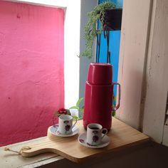 No nosso Cantinho tem sempre um cafezinho ...