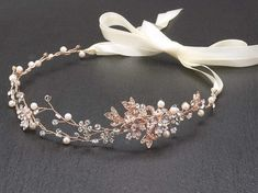 bridal headpieces Hand-painted metallic leaves, Swarovski crystal flowers and freshwater pearls are entwined with wire creating a breathtaking rose gold bridal headpiece. The flexibl Cute Jewelry, Hair Jewelry, Wedding Jewelry, Fashion Jewelry, Gold Jewelry, Hair Wedding, Wedding Makeup, Wedding Headband, Craft Jewelry