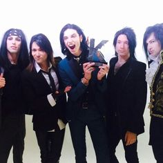 IM SO PROUD OF THEM!!!!!!   I knew they were gonna get that award, I love you bvb hope you have the best of Kerrang