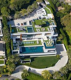 """Luxury Homes Interior Dream Houses Exterior Most Expensive Mansions Plans Modern 👉 Get Your FREE Guide """"The Best Ways To Make Money Online"""" Luxury Homes Dream Houses, Luxury Homes Interior, Luxury Apartments, Bel Air Mansion, Dream Mansion, Mansion Homes, Modern Mansion, Dream House Exterior, Modern House Design"""