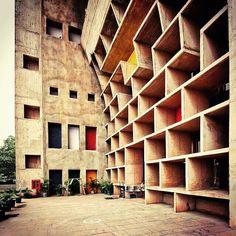 Le #Corbusier Cite - Famous Bauhaus #Design and #Architecture - www.Bauhaus-movement.com