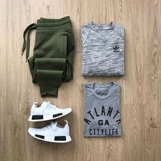 WEBSTA @ dirty.jeans - On the way to Toulouse for a skate! @mrjunho3 ••#streetwear #menwithstreetstyle #urbanstyle #dope #igfashion #fashion #photooftheday #outfitoftheday #ootd #dapper #fashionblogger #minimal #minimalmovement #mensfashionpost #menstyle #mensstyle #cottonon #oldnavy #tokyofashion #hm #uniqlo #forever21 #outfitgrid #fashionstyle #topshop #topman #armaniexchange #kicks #dirtyjeans