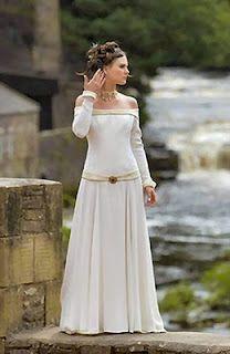 Novias medievales ...si pudieramos usar esas ropas de nuevo....