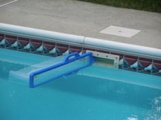 Skimeeze Pool Skimmer- Pool Net Skimmer Cleans Debris and Leaves for In-Ground and Above Ground Pools Pool Spa, Diy Pool, Oberirdische Pools, Cool Pools, Above Ground Pool Skimmer, Skimmer Pool, Pool Nets, Piscine Diy, Swimming Pool Decks