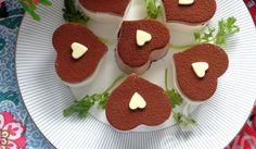 Cách làm bánh phô mai cacao hình trái tim tặng mẹ - http://congthucmonngon.com/170367/cach-lam-banh-pho-mai-cacao-hinh-trai-tim-tang-me.html