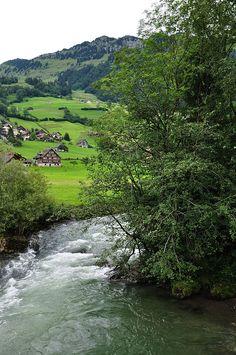 Nesslau, Kanton St. Gallen, hike along the river Thur