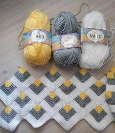 Pyramid Crochet Afghan Pattern Free - Her Crochet Granny Square Crochet Pattern, Afghan Crochet Patterns, Crochet Squares, Baby Knitting Patterns, Crochet Motif, Crochet Designs, Crochet Yarn, Free Crochet, Gilet Crochet