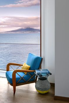 The hotel is built into a cliff and every room had a stunning view of the coast. - maison la minervetta à Sorrento